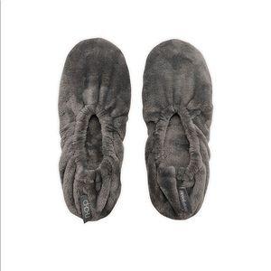 Brookstone n-a-p Super Soft Footies
